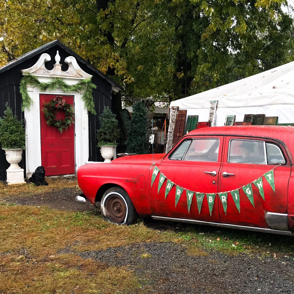 Lucketts Design House - Holiday Decorating Inspiration