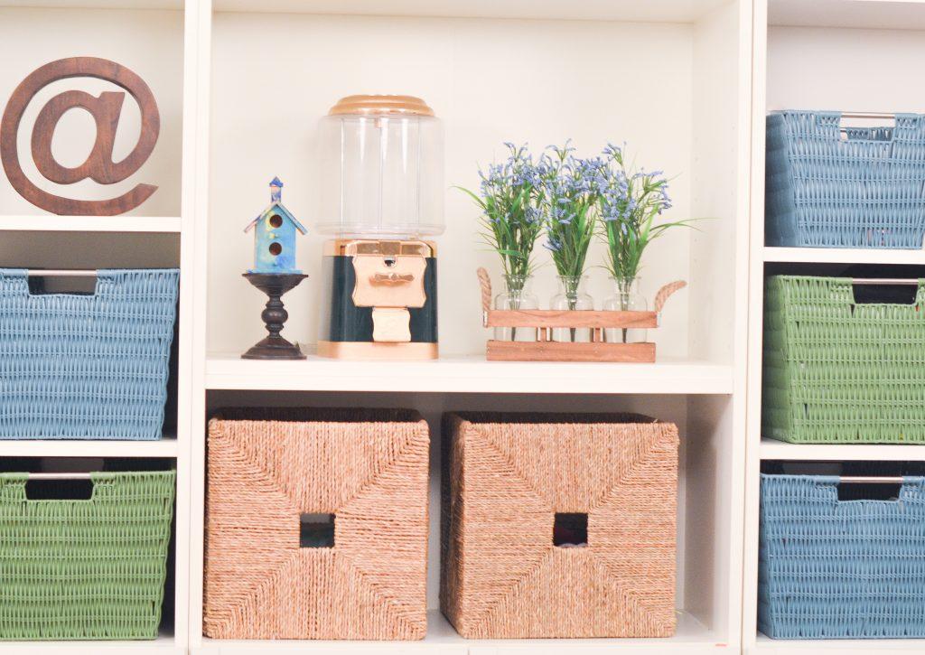 flowers, playroom, organization, bookshelves, bookshelf