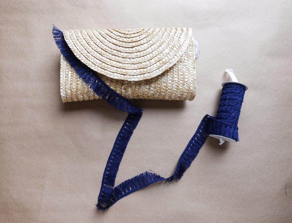 DIY Fringe Summer Straw Clutch